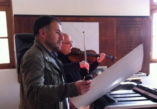 Estudiando la obra de Cristián Morales en la Universidad Católica de Santiago de Chile